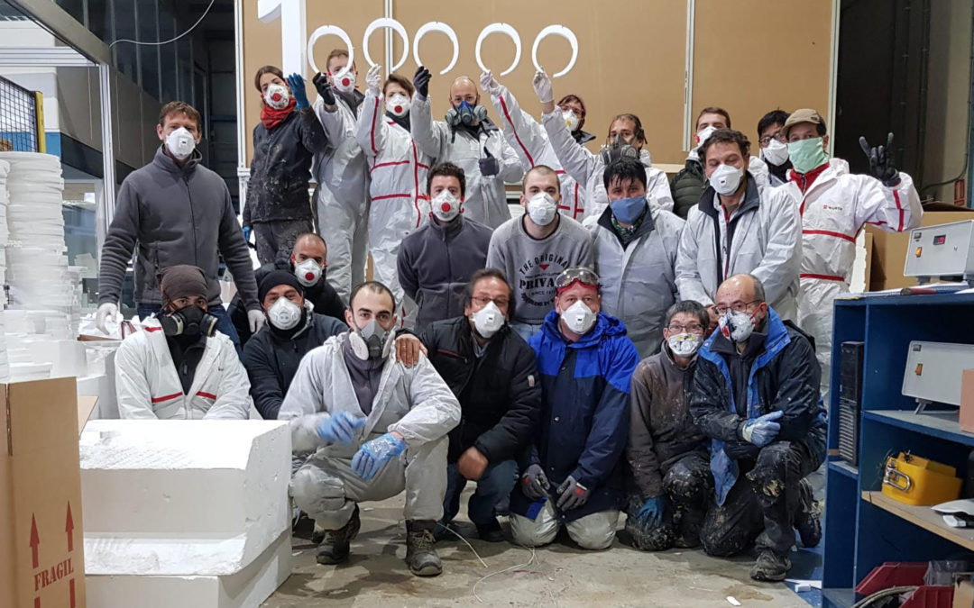 El milagro del crowdfunding: 100.000 máscaras de protección y 100.000 euros de donación. Tecmolde sigue a tope en la producción de material sanitario y se suceden las entregas desinteresadas de material